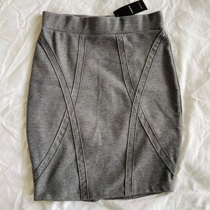 NWT Bebe Ponte Pencil Skirt